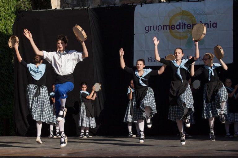 fi-de-curs-escola-dansa-mediterra-cc-80nia